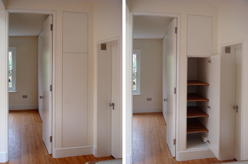 Side cupboard with access from the hall